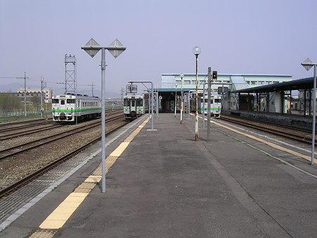 長万部駅ホーム1