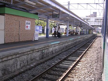 茅野駅ホーム2