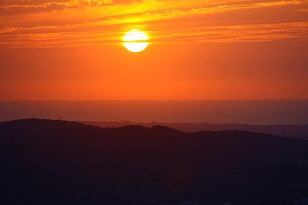 夕日と夕焼けと日本海  17:28