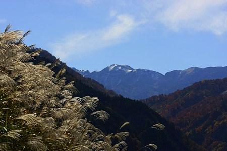 国見展望台から(2) 冠雪の白山  白山スーパー林道