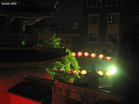 赤門の屋根