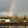 写真: 北大農場と虹2