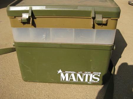 ナカジマ WILD MANTIS ウエストタックルボックス