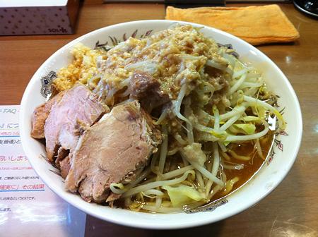 らー麺シャカリキ シャカ豚大(アブラ増しニンニクカラメ)