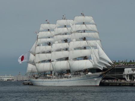 090720-大桟橋 総帆展帆 (61)