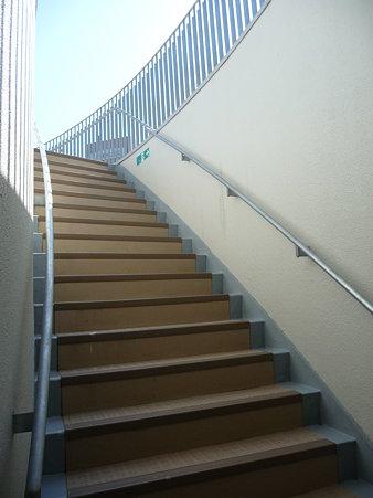 091012-マリンタワー 階段 (7)