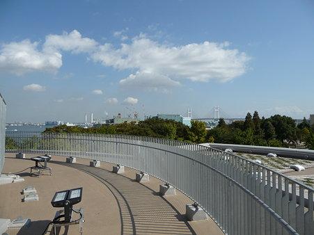 091012-マリンタワー 階段 (8)