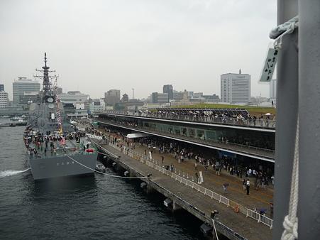 091024-ひゅうが 甲板 (4)