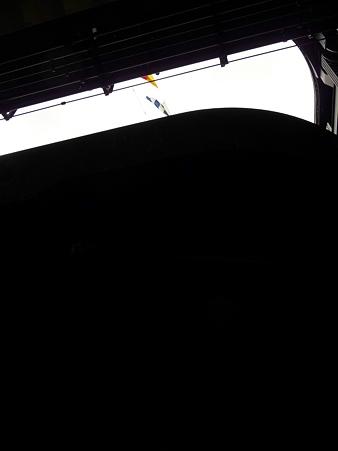 091024-ひゅうが 格納庫から船尾リフター (6)