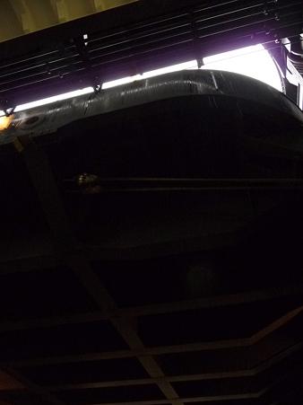 091024-ひゅうが 格納庫から船尾リフター (7)