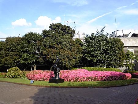 110525-横浜駅西口屋上 (2)