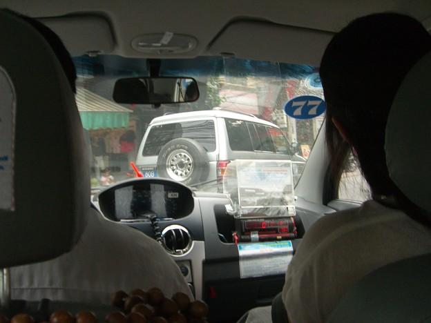 写真: ハノイのタクシー
