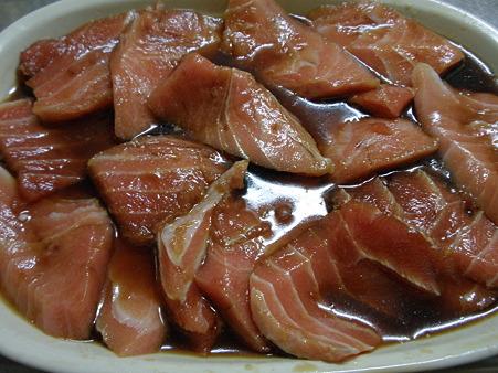 本マグロの漬け丼 (3)