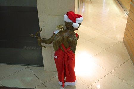 2010.12.08 横浜 宝石店 キューピットもクリスマスモード