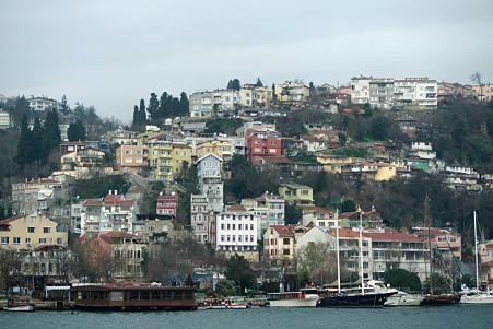 2011.01.28 トルコ イスタンブル ボスフォラス海峡クルーズ-ヨーロッパ側の街