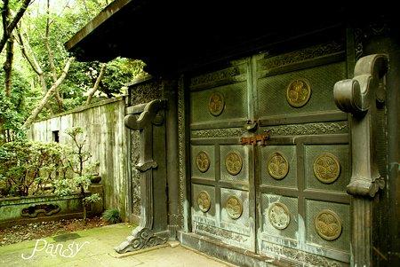 徳川家霊廟 鋳抜門