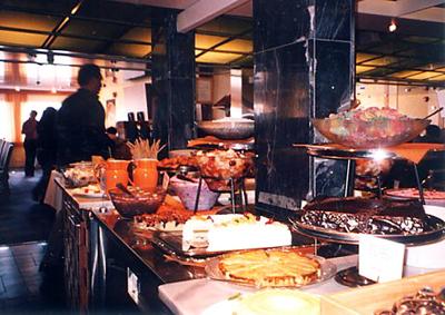 【11】タリンク・シリヤライン乗船 船内のレストラン [2005]
