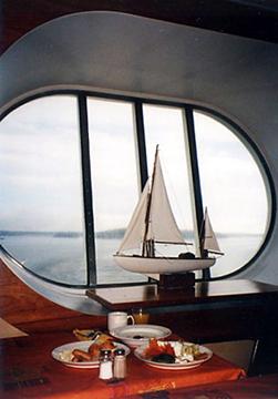 【19】タリンク・シリヤライン乗船 朝食 [2005]