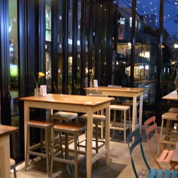 【東京 カフェ】 PARIYA (03) 店内の様子 その2