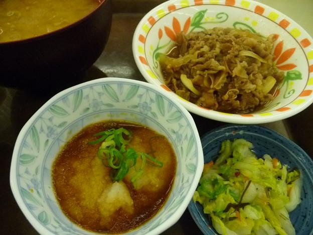 とん汁おろしポン酢牛皿定食2