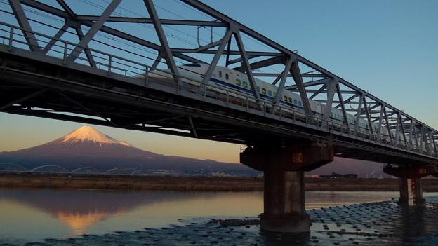 富士山と700系