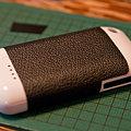 写真: Mophie Juice Pack Air iPhone 3Gに革貼り
