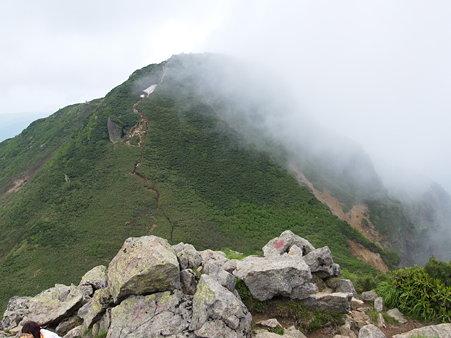 尾瀬・燧ヶ岳・マナイタグラからシバヤスグラを望む