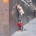 Photos: 背中に乗る子供